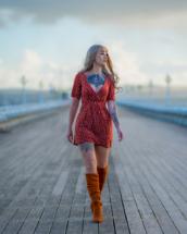 Model walking along Princess Pier in Torquay.